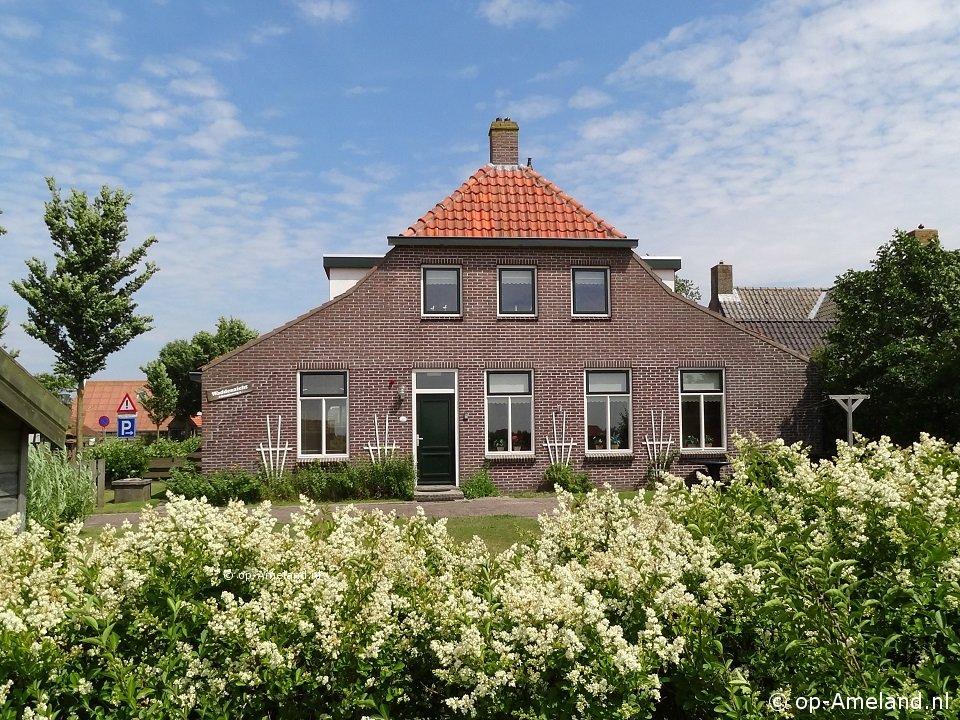 Erleb Ameland | Ferienhaus auf Ameland mit eingezäuntem Garten